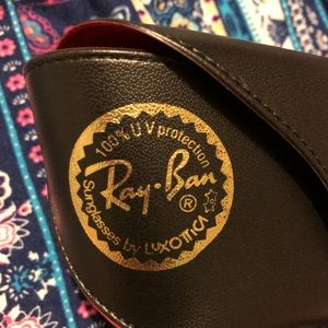 Ray-Ban Accessories - 🚨SOLD🚨🕶Ray-Ban sunglasses case